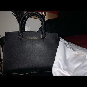 Michael Kors Selma large satchel new w/tag/dustbag